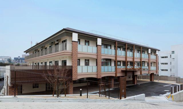社会福祉法人貞徳会/創立55年 昭和からの歴史とICTの相乗効果 介護スタッフ