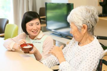 アースサポート株式会社/アースサポート札幌東 ホームヘルパー