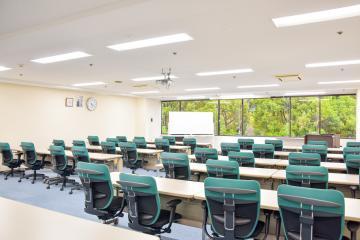 株式会社H&Nホールディングス/ジャパンホームケアスクール 人の役に立ちたい方歓迎!介護資格取得スクールの運営事務