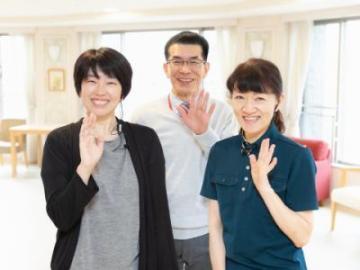 株式会社HCM/住宅型有料老人ホーム アミカヴイラ稲毛/8000 介護スタッフ(施設)