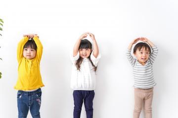 オークニ商事株式会社/児童へのセラピーを志せる、保育士さん募集